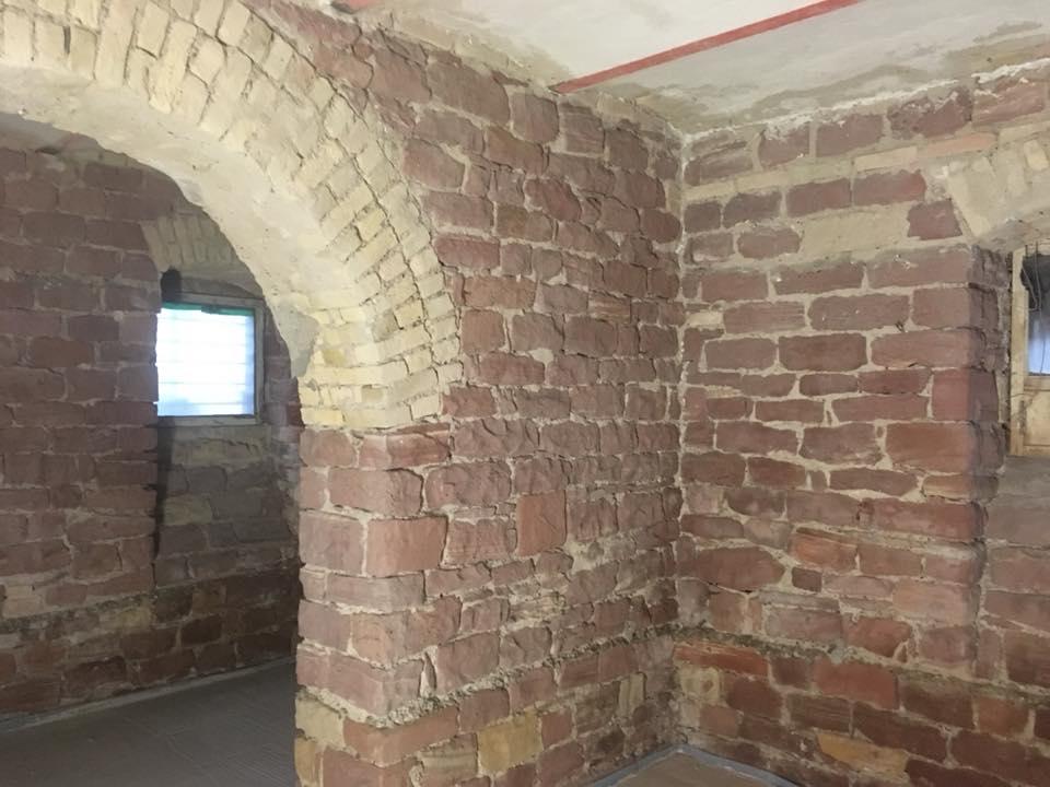 Historischer Sandstein reinigen